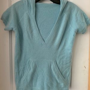 Cashmere short hooded sweater beautiful blue